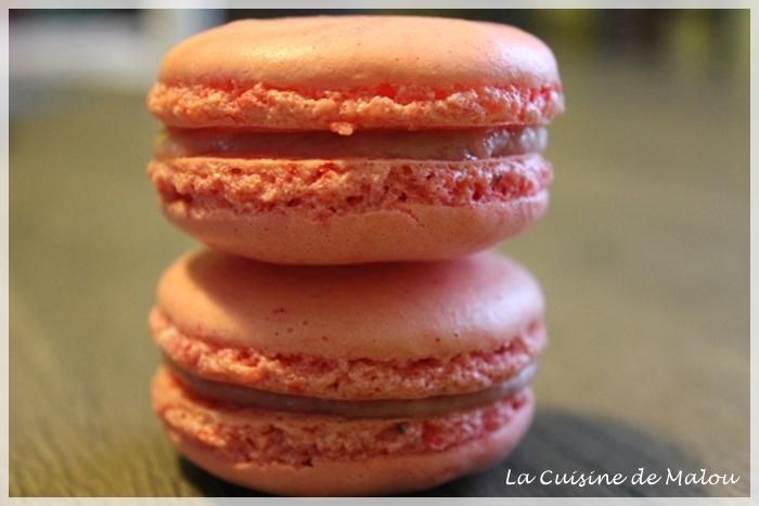macaron-curd-à-la-fraise