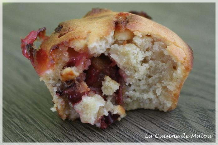 muffins-très-moelleus-prunes-chocolat-blanc