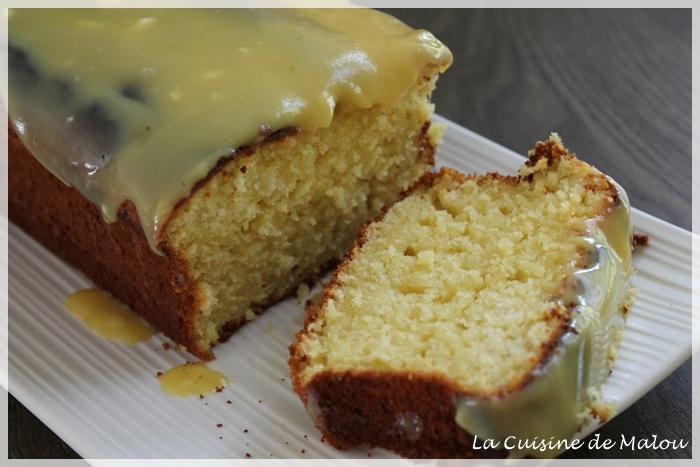 recette-cake-fruit-de-la-passion-glaçage-chocolat-blanc-exotique