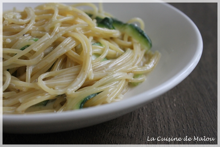spaghettis-courgette-chèvre-express